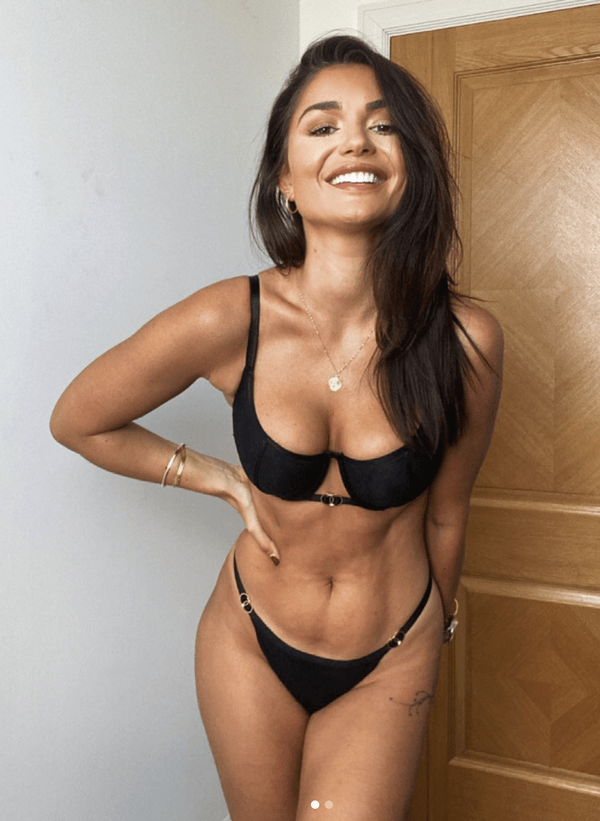India Reynolds unretouched lingerie pictures