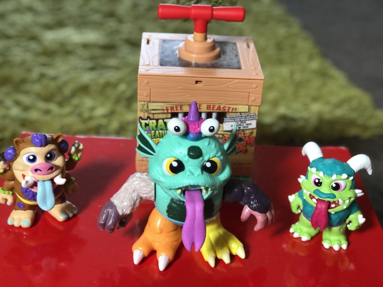 3 crate creatures kaboom box figures