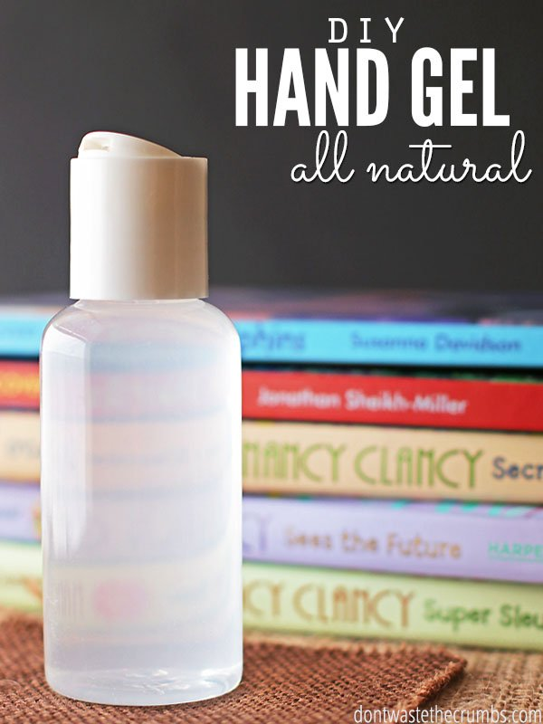 Keep these awesome on-the-go DIY products in your purse so you'll always have all-natural, non-toxic personal care products ready when you need them!