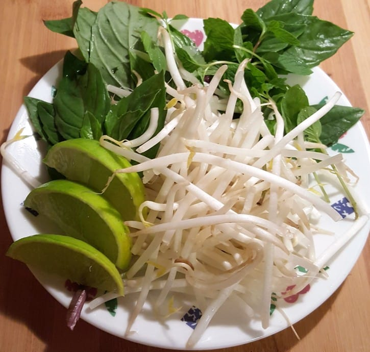 Garnish Plate for Pressure Cooker Vietnamese Pho Bo Tai