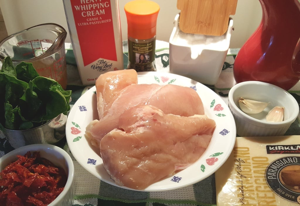 Cast of Ingredients for Instant Pot Creamy Tuscan Garlic Chicken
