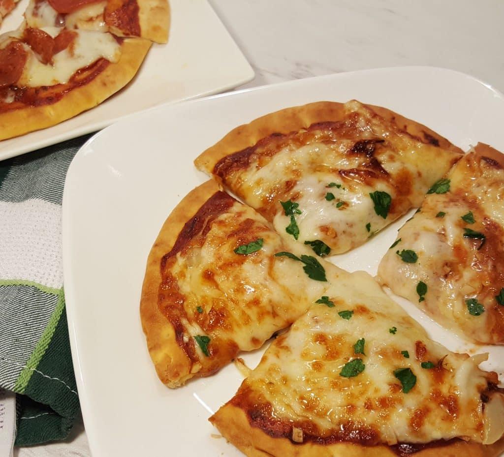 Air Fryer 6 Minute Pita Bread Pizza