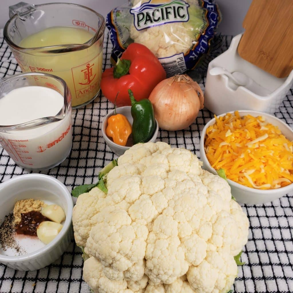 Cast of Ingredients for Instant Pot Low Carb Cheesy Cauliflower Soup