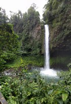 Catarata Fortuna waterfall