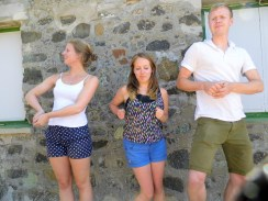 Learning to Dan Dance