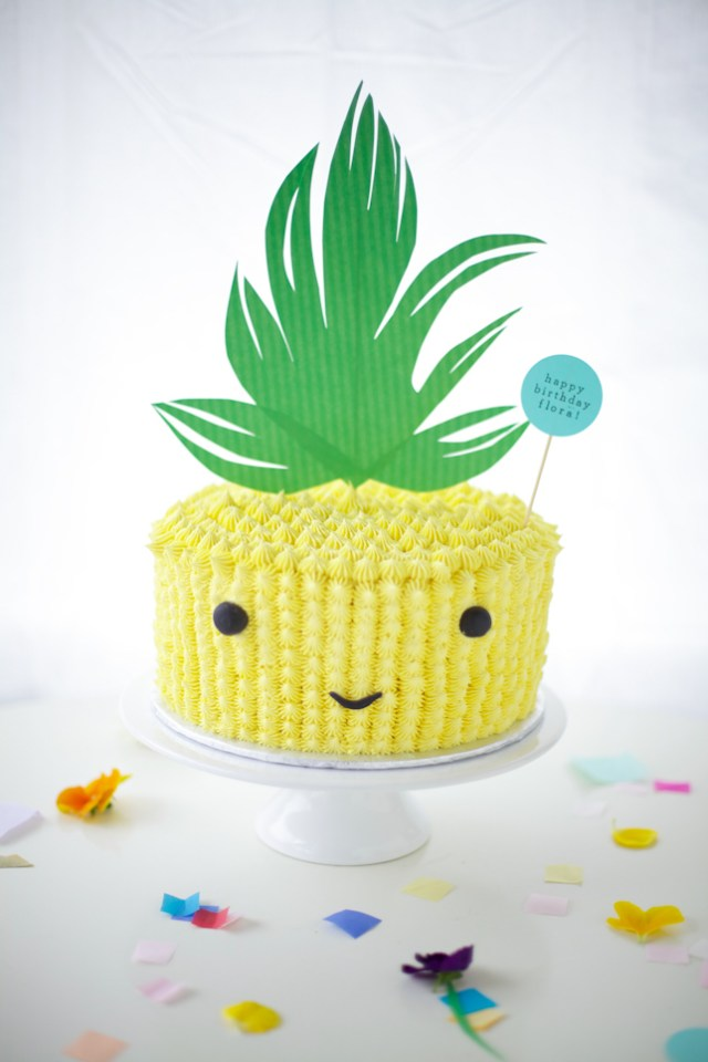pineapple-cake-buddy-1