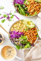 These Roasted Chickpea Quinoa Bowls with Sesame Ginger Dressing are perfect for vegan meal prepping or a healthy & filling dinner | ThisSavoryVegan.com #thissavoryvegan #veganbowl #mealprep