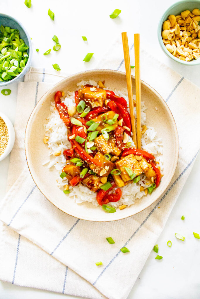 Wondering if there is a vegetarian option for the broth. Vegan Kung Pao Tofu Rice Bowls This Savory Vegan