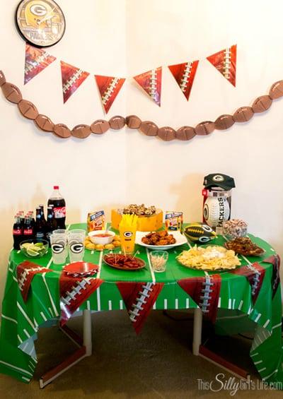 Slow Cooker Drunken Bbq Chicken Wings + Football Party Spread! #shop #cbias