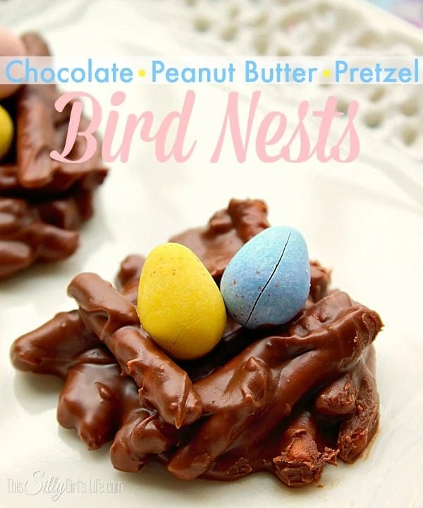 Bird Nests {Chocolate Peanut Butter Pretzels} Cute bundles topped with mini eggs, perfect for Spring or Easter!