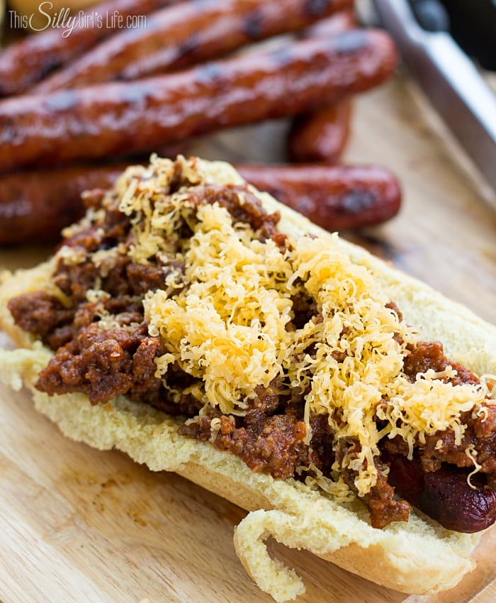 -Chili Sauce- Chili Cheese Hot Dogs from ThisSillyGirlsLife-8