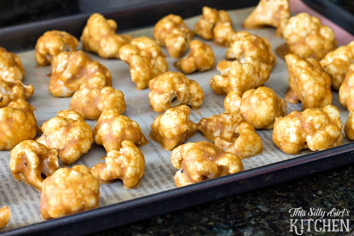 Cauliflower Buffalo Wings with Vegan Ranch Dip, a guilt free and vegan version of the popular Football snack! Perfect for #MeatlessMondayNight from ThisSillyGirlsLife.com #ad