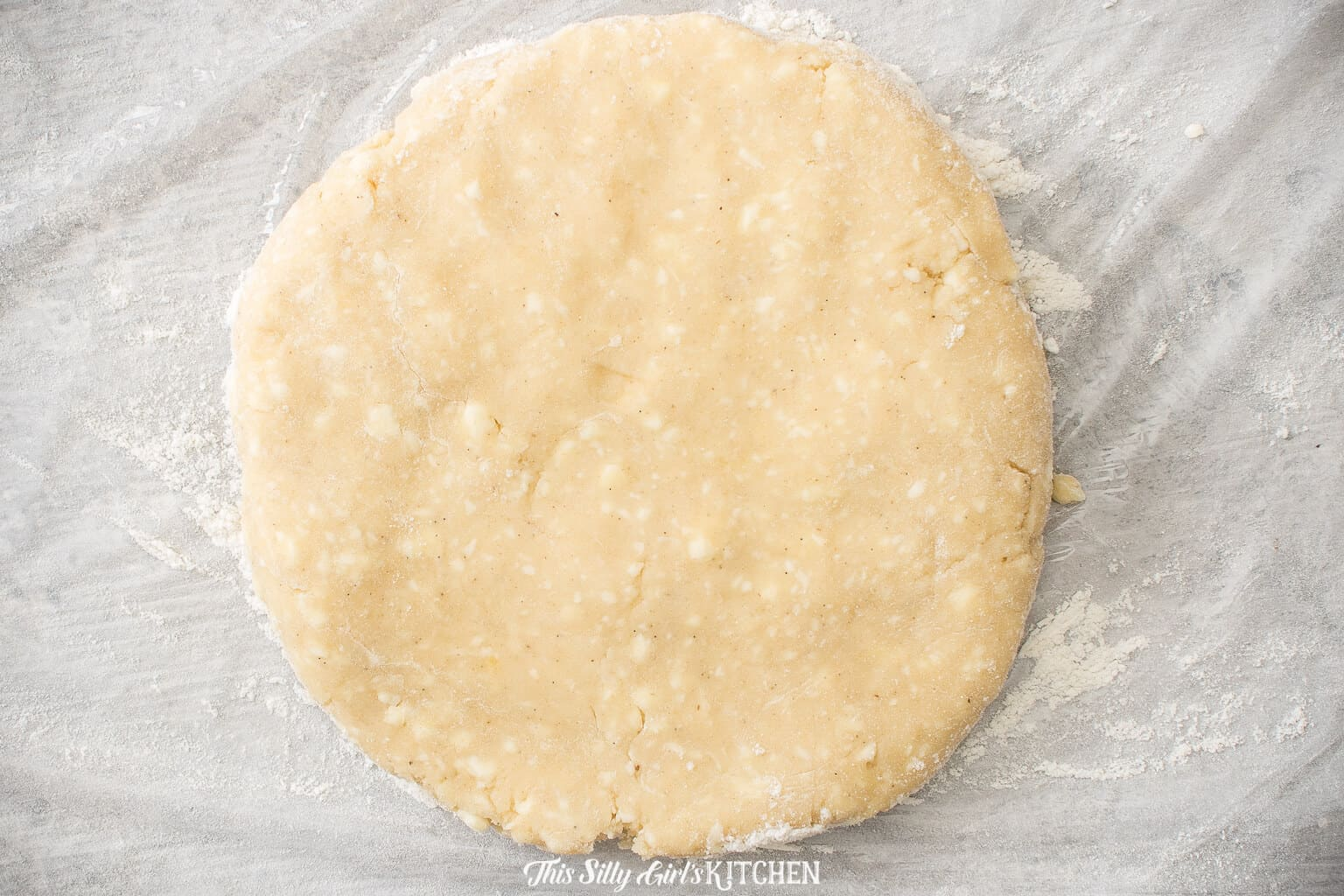 Pie crust on disc shape