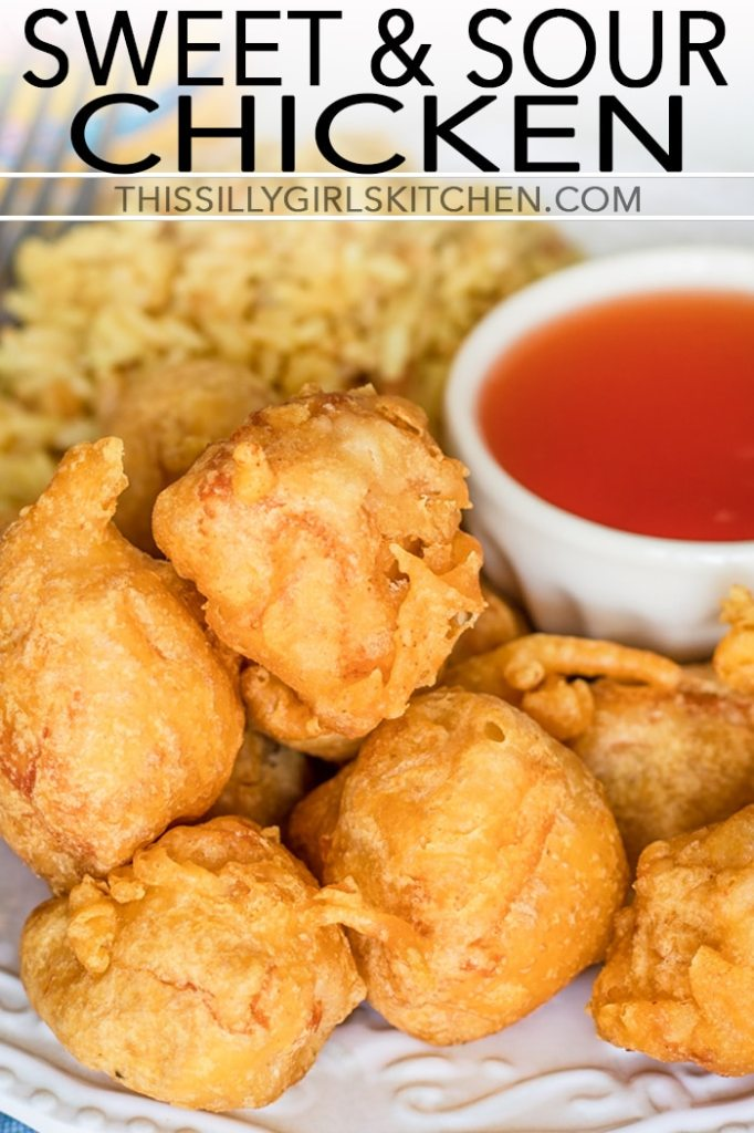 Sweet and Sour Chicken, diced chicken dipped in a light batter and fried to crispy deliciousness! #recipe from thissillygirlskitchen.com #sweetandsourchicken #chicken #dinner #chickendinner #asian #chinesetakeout