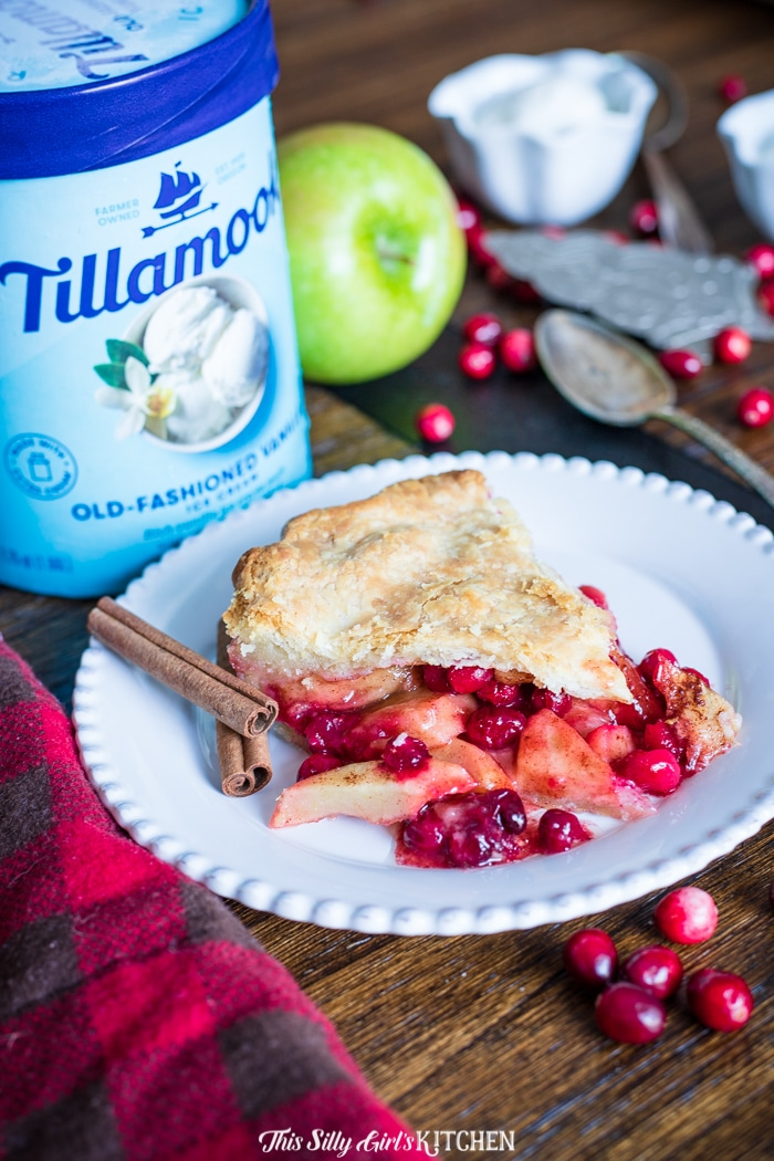 Apple Cranberry Pie, a homemade double pie crust pie stuffed with cinnamon-spiced apples and cranberries. #recipe from thissillygirlskitchen.com #pie #applepie #cranberrypie #applecranberrypie #cranberryapplepie