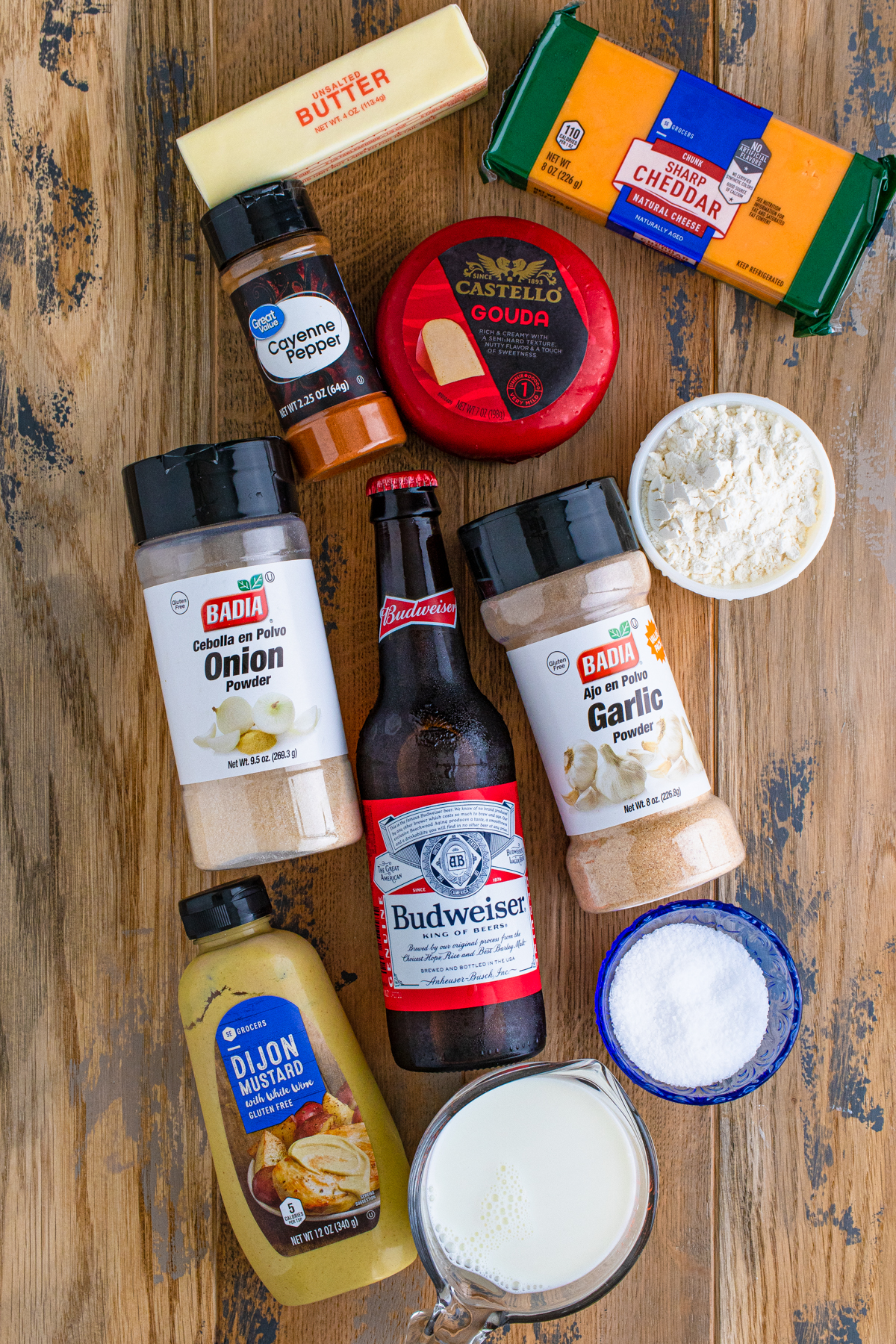 Ingredients needed to make Creamy Beer Cheese Dip