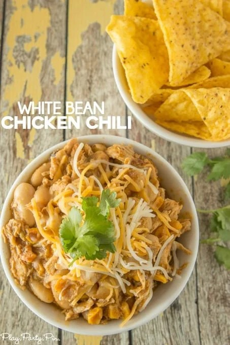 white-bean-chicken-chili-pinterest