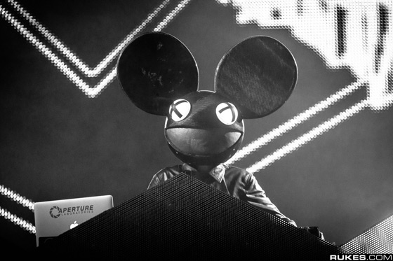 deadmau5 drops off 2 Unreleased Song Previews + Ultra Music Festival 2013 Live Set