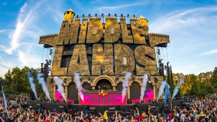middlelands stage 2017