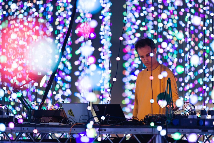 four tet 4 new tracks