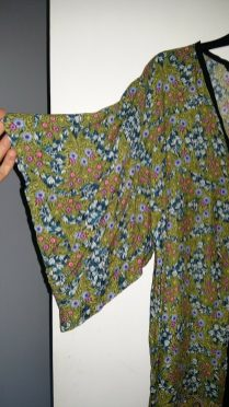 Zara kimono dress sleeves