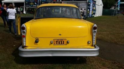 Friendsfest Phoebes taxi 2