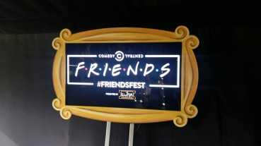 Friendsfest set tour