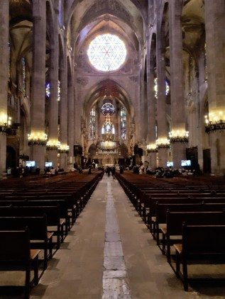 Inside Palma cathedral 9