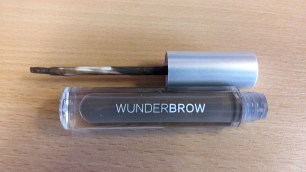 Wunderbrow black brown with application wand