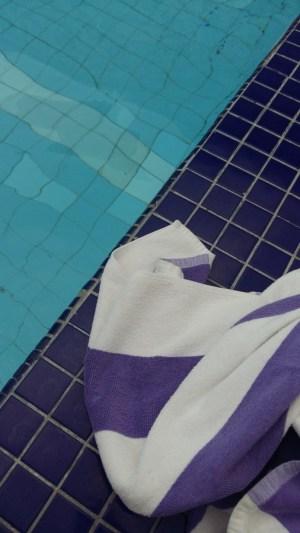 Holiday Inn Penang pool