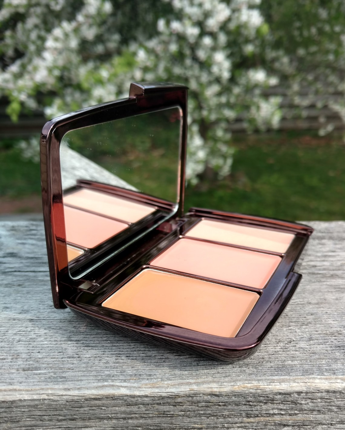 Hourglass Illume Sheer Color Trio