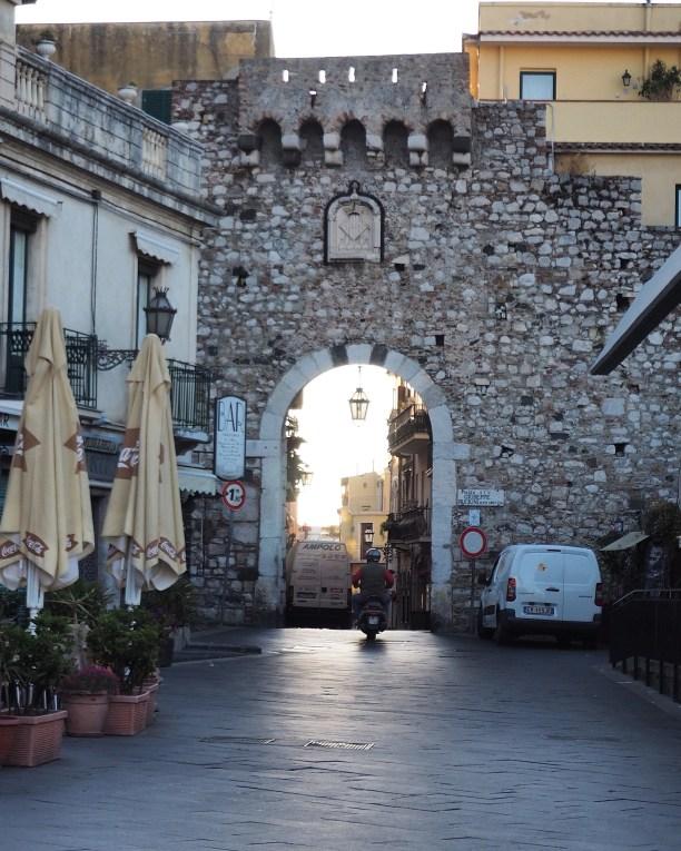 Porta Catania - early morning