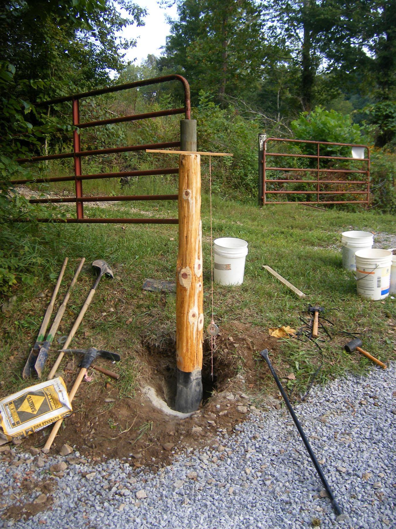 Plumbing the hinge post