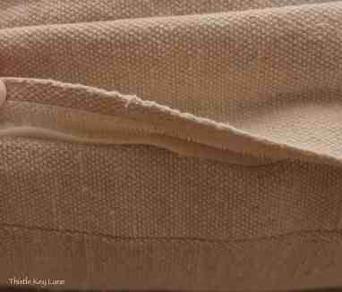 Velcro used on the cushion