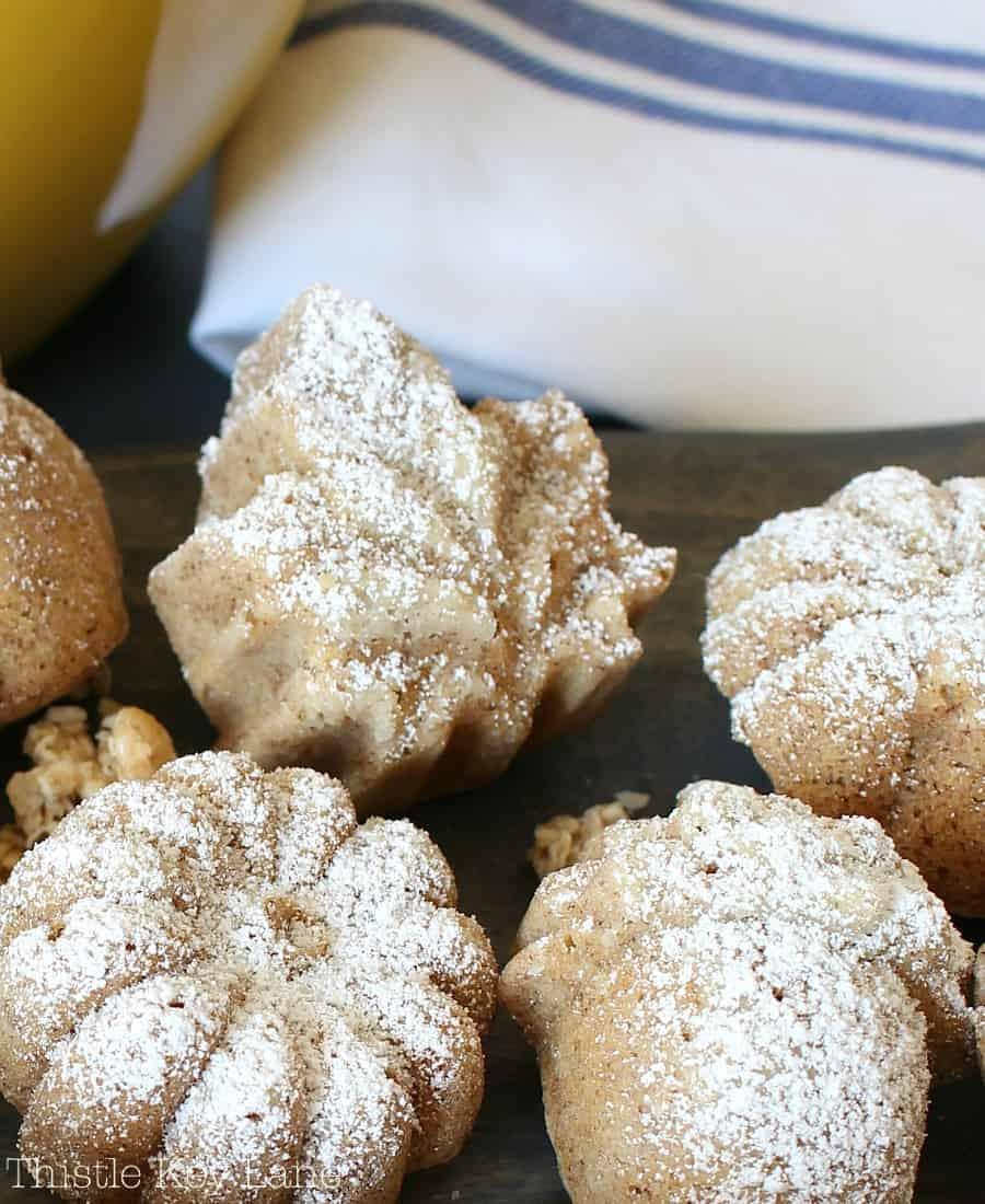 These look so delicious! Autumn Mini Cake Bites