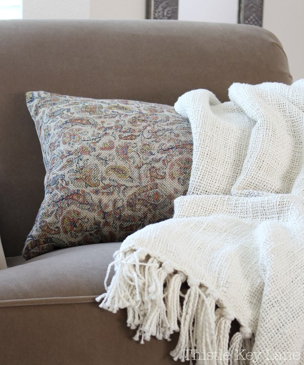 Love the paisley floral pillow.