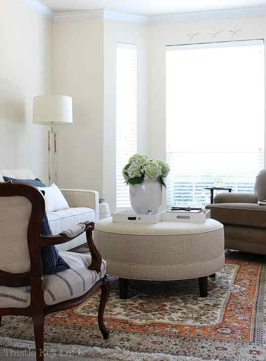 Summer home tour with blue and white accents at Thistle Key Lane.
