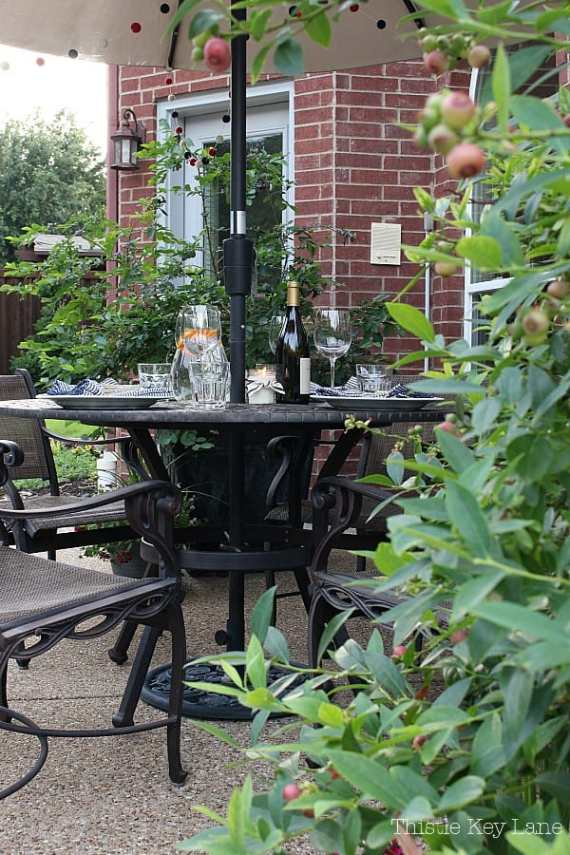 Summer ready patio and garden tour, dining alfresco.