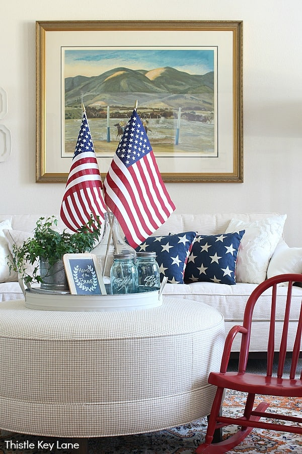 Create A Simple Patriotic Tray Vignette - with red white and blue accents.