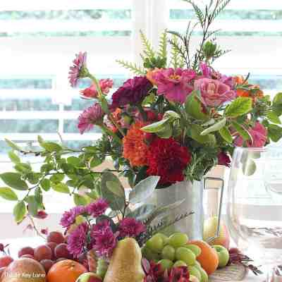 Thanksgiving Fruit And Flower Tablescape