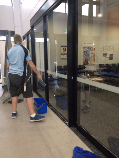 Glass door and window cleaning Canning Vale Perth.