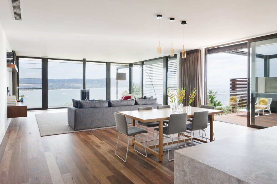Affordable high rise interior window cleaning service Perth.