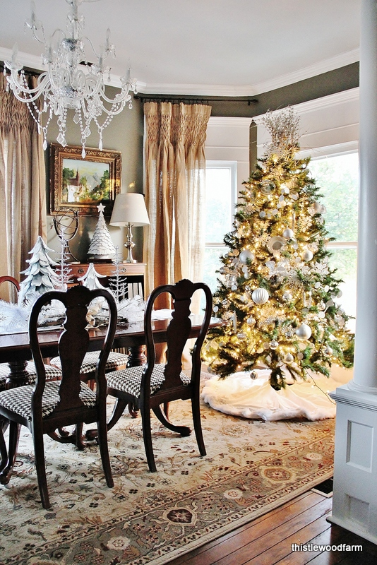 Dining Room Decorations Christmas