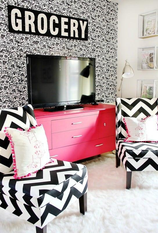 budget-decorating-living-room-ideas
