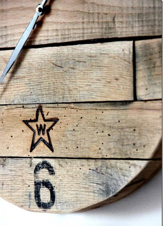 how-to-make-a-pallet-wood-clock-project
