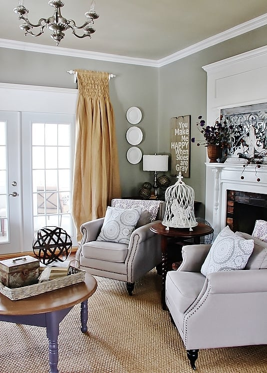 decorate-a-room-with-purple
