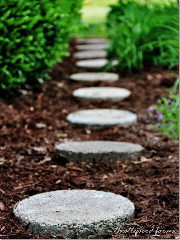 garden-path-stepping-stones
