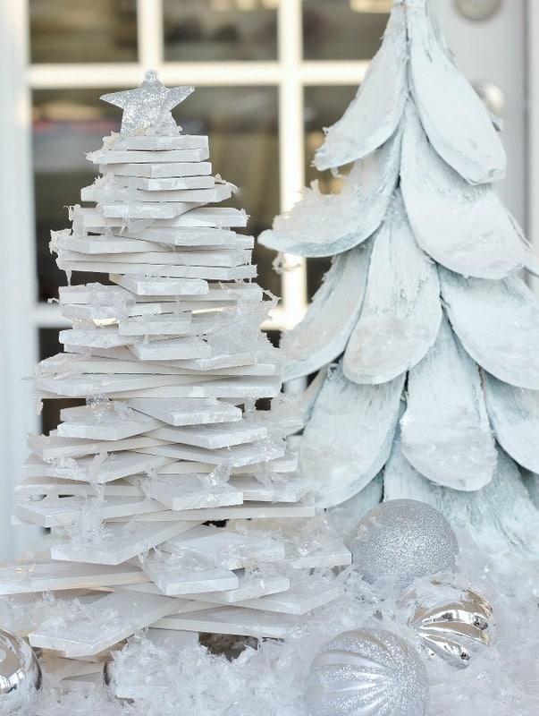 1-Paint Stick Christmas Tree