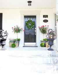Spring Door Decorating Ideas - Thistlewood Farm