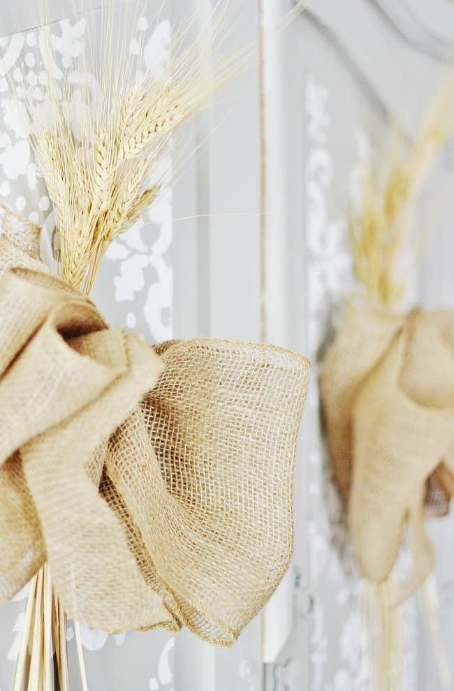 burlap-and-wheat-fall-decorating